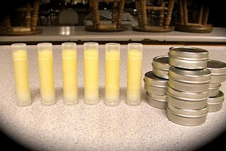 Homemade lip balm! 4tbs cocoa butter, 4tbs coconut oil, 4tbs bees wax pellets, 2 tsp vanilla ext, 10 1/2oz tins...or change up the extract to peppermint, cinnamon, sweet orange, or leave out the extract!