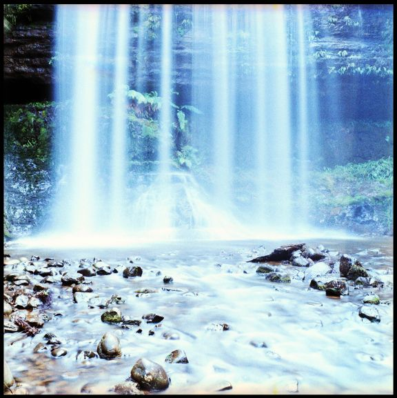 Basic Nature Photography Tips - Lomography (slow shutter speed when photographing moving bodies of water)