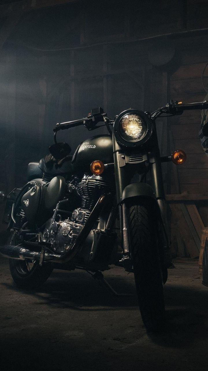 Royal Enfield Garage Bike Motorcycle 720x1280 Wallpaper Di 2020