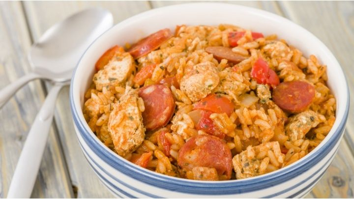A simple recipe to make a delicious chicken jambalaya...