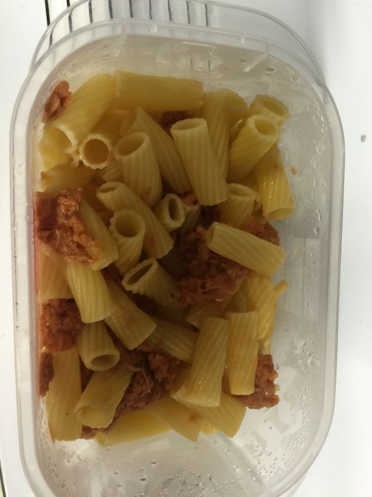 Bit of carbs and protein after a workout  100 g of pasta  And Tin of plain tuna