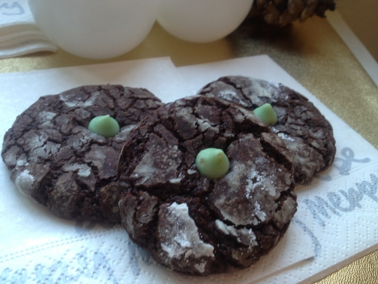 Mint-Chocolate-Espresso Snowcaps | Fall/Holiday Sweets | Pinterest