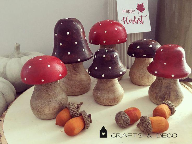 Floristikdeko - 6 St. Holzpilze Set / Pilze aus Holz  - ein Designerstück von Crafts_and_Deco bei DaWanda