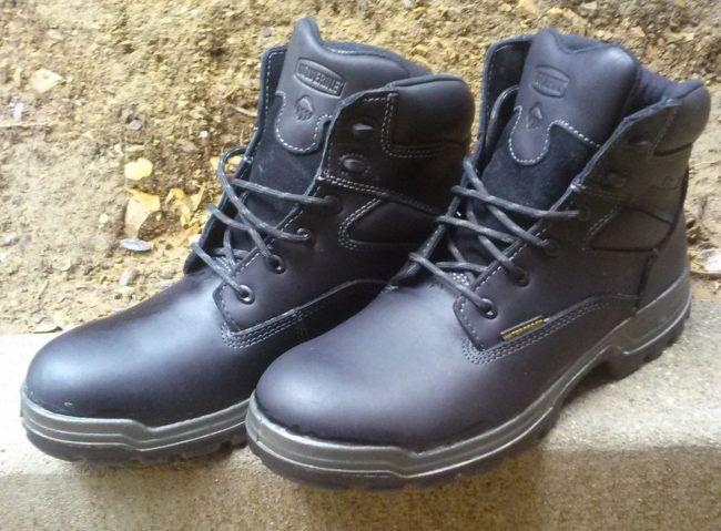 ¿Secreto para impermeabilizar sus botas? http://calzaarte.com/secreto-para-impermeabilizar-sus-botas