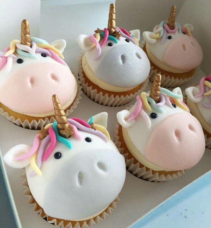 Cute unicorn cupcakes (unicorn birthday food ideas)