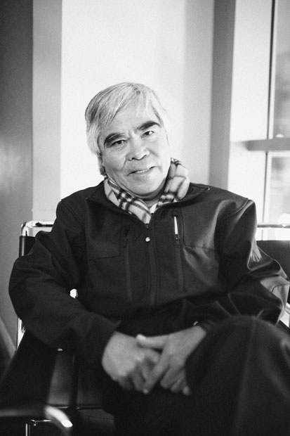 """Interview with Nick Ut, the Photojournalist Who Shot the Iconic """"Napalm Girl"""" Photo -- Michael Zhang"""