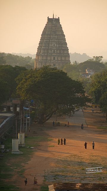 ॐ Great Hindu Mandirs (Temples) of India - Hinduism, Hampi, India ॐ