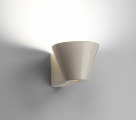 Beaker - Flos by Barber Osgerby  - engineering contribute to RD Flos