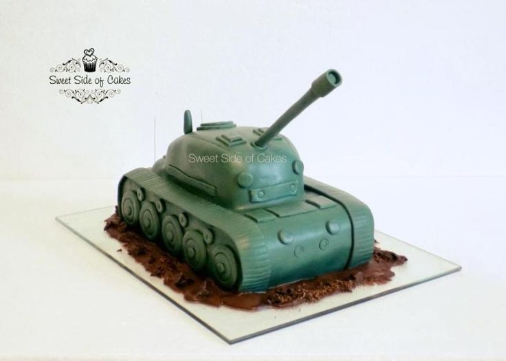 A Tank Cake  by Sweet Side of Cakes by Khamphet