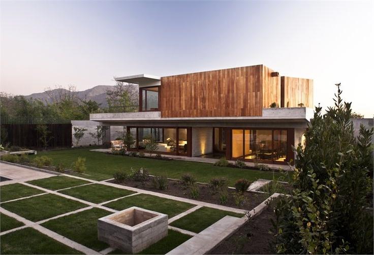 Casa La Dehesa, Lo Barnechea, Santiago, 2011