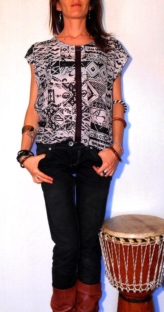 #Tribal #Handmade #ethnic #clothing #blouse #shirt #women #black #white #cotton #chiffon #sewin by #ITINLab #shop #Etsy