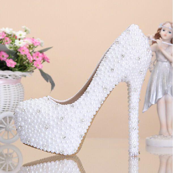 Aliexpress.com: Comprar White Pearl Crystal diseño atractivo de moda de señora Women High Heel bombas de zapatos para la boda novia fiesta de baile vestido vestido de noche ( MW 007 ) de bombas de tacón alto zapatos fiable proveedores en WEDDING-COOL