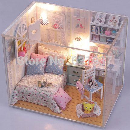 Aliexpress.com: Compre 2015 chegada nova Diy Doll House miniatura 3D de bonecas de madeira em miniatura de móveis para crianças brinquedos casas de bonecas presente de aniversário de confiança paisagem móveis fornecedores em BOA 's store
