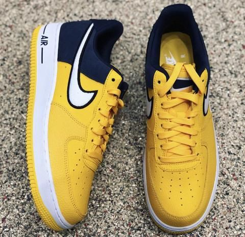 promo code 2dade 5cf37 NIKE AIR FORCE 1 UNIVERSITY OF MICHIGAN