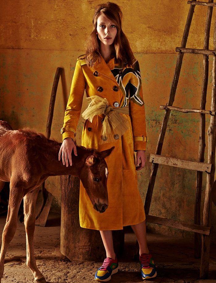 Mandatory Stop | Vogue brazil, Editorial fashion, Horse ...