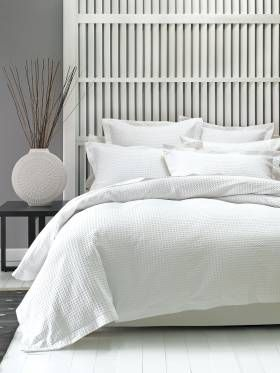 DELUXE WAFFLE QUILT COVER SETS QUEEN WHITE QUILT COVERS