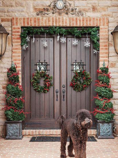 Holiday Decor, Contemporary Entry, Columbus. www.thailandlifestyleproperties.com
