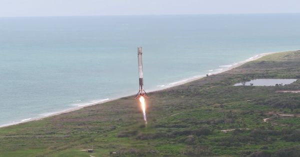 Elon Musk: The Rocket That Will Eventually Take Humans to the Moon Will Launch in 4 Months:    In a tweet today, Elon Musk said that the highly anticipated Falcon Heavy launch would take place within the next few months.