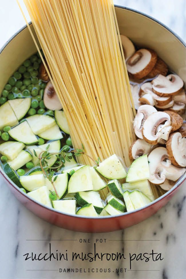 One Pot Zucchini Mushroom Pasta - A creamy, hearty pasta dish that you can make in just 20 min. CZ-It was really bland so I added chicken, bacon and red pepper flakes.  GOOD!