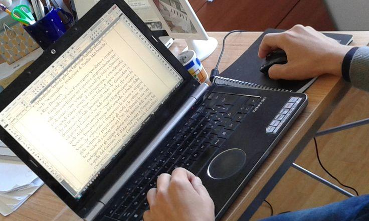 Poderoso!, sospira il coeditore intento a correggere e impaginare il prossimo libro. Siamo in fermento...