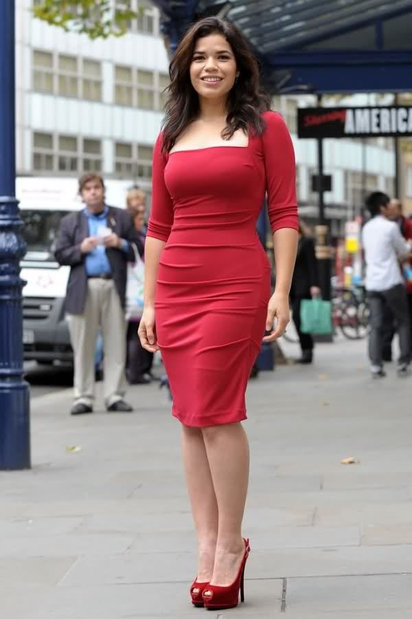 America Ferrera looks stunning in Red Nicole Miller Dress