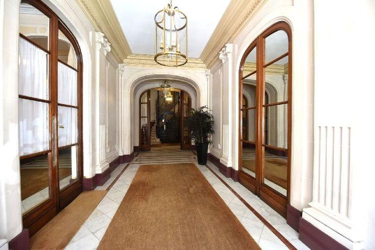 Commercial Property for rent - Champs-Elysées, Madeleine, Triangle d'or, Paris, Île-de-France - 29887341