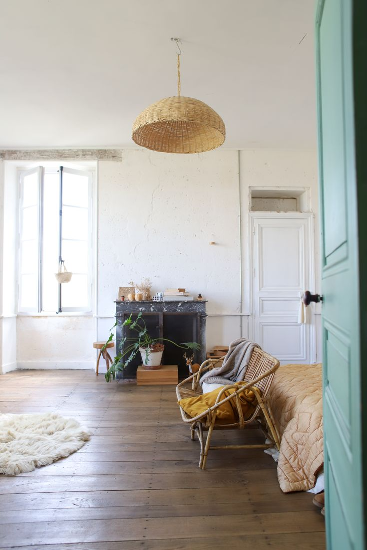 bienvenue au ch teau de dirac home decor in 2019 home. Black Bedroom Furniture Sets. Home Design Ideas