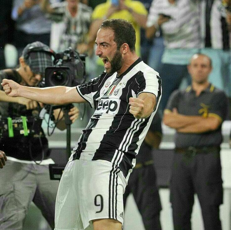 Gonzalo Higuain primo gol con la Juventus