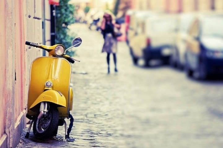 Why Moped and Scooter Sales are Strong in Europe?