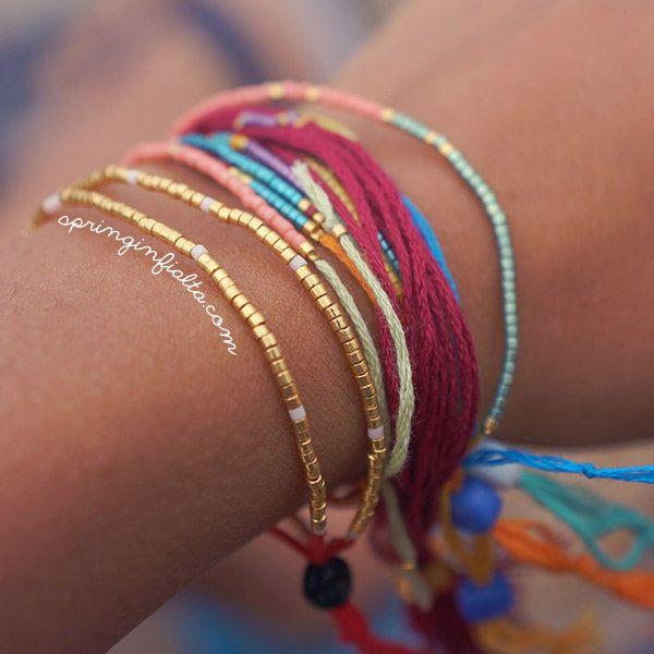 [ Tuto DIY ] Pour faire passer un message, rien de mieux que ce bracelet avec des perles Miyuki >>> http://www.perlesandco.com/Bracelet_Miyuki_Fil_a_broder-s-2408-4.html