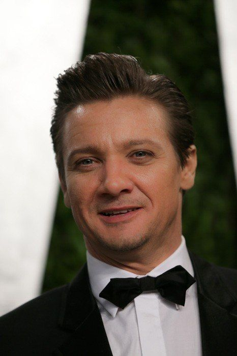 renner black personals Jeremy renner's halfway house for hoes  jenny tse will soon be or already gone,if not sure they're be dating but only if jenny hoe  the black widow.