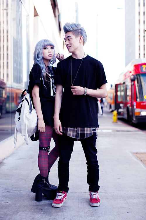 street snap | For more Goth Love follow http://www.pinterest.com/thevioletvixen/goth-love/: