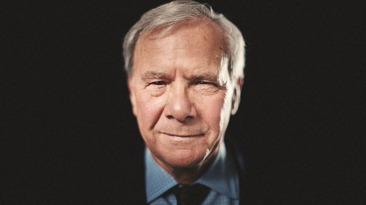 http://www.samhurdphotography.com/2012/technique/epic-portrait-tom-brokaw#
