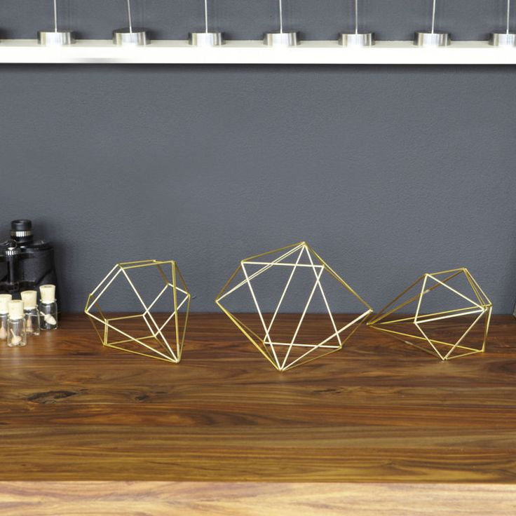 Home Decor Faceted Gem Outline Table Decor Umbra