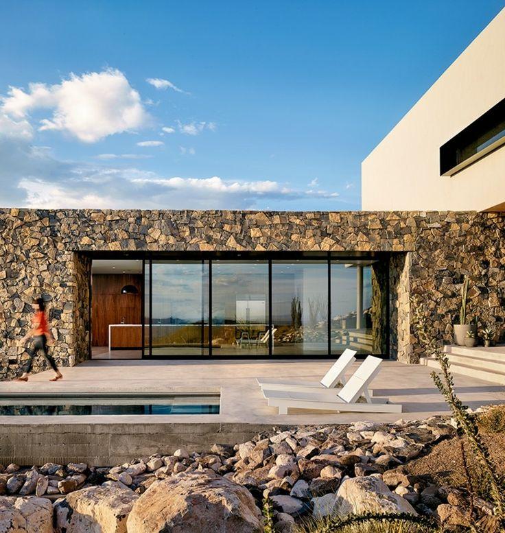 Pool sun-sliding glass front-4