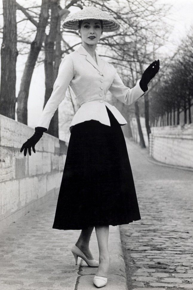 Christian Dior's New Look, 1947 This was a groundbreaking move in fashion to redfine women's post-war styles and revive France's fashion ind...