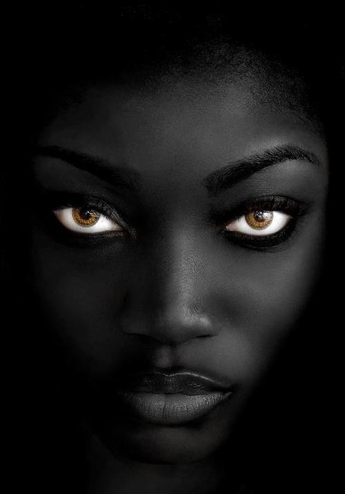 """Résultat de recherche d'images pour """"portrait de femmes noires"""""""