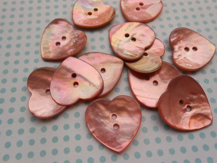 Bottoni in madreperla - Bottoni Madreperla Cuori Rosa pz.6 - un prodotto unico di raffasupplies su DaWanda