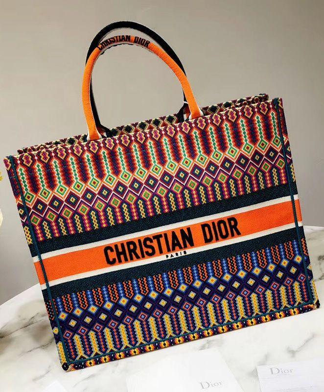 30ff5b019 So popular tote book tote bag. Christian Dior Book Tote bag M1286 Orange