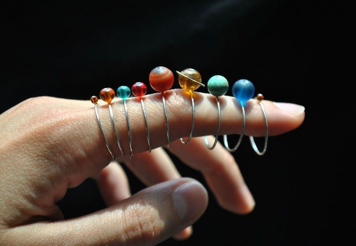 Solar System Rings That Stack Together Are The Perfect Gift For Astronomy Lovers