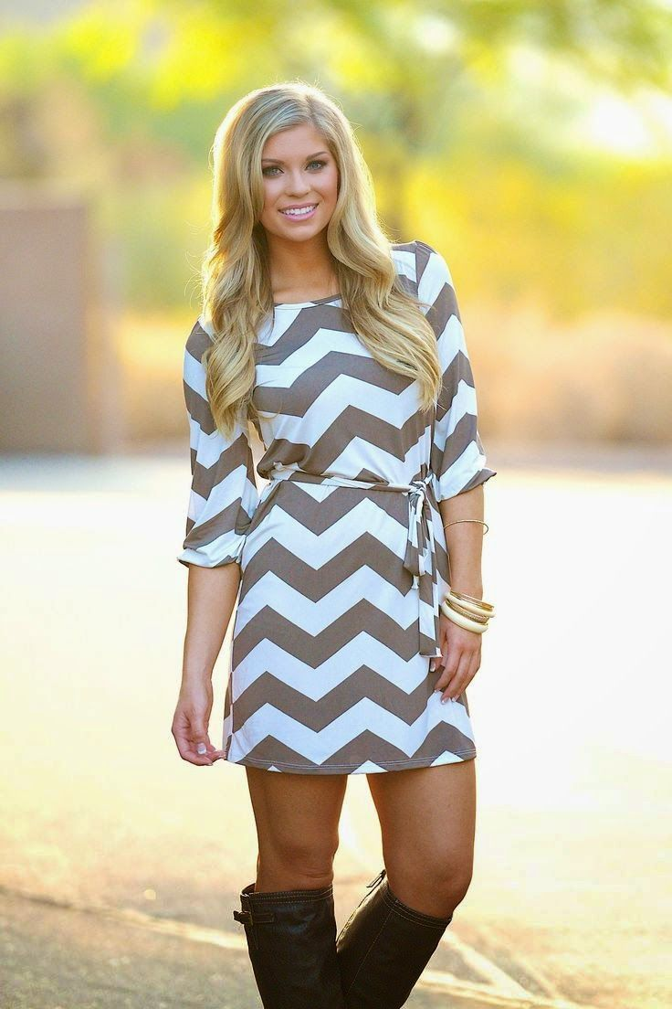 Love This Summer Geometric Print Dress White Light Brown Colours Soft Look.