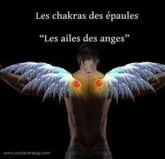 Les chakras des épaules sont puissants et très importants, ils absorbent et stockent l'énergie nécessaire aux autres chakras.