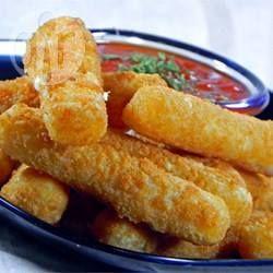 Palitos de mussarela empanados @ allrecipes.com.br
