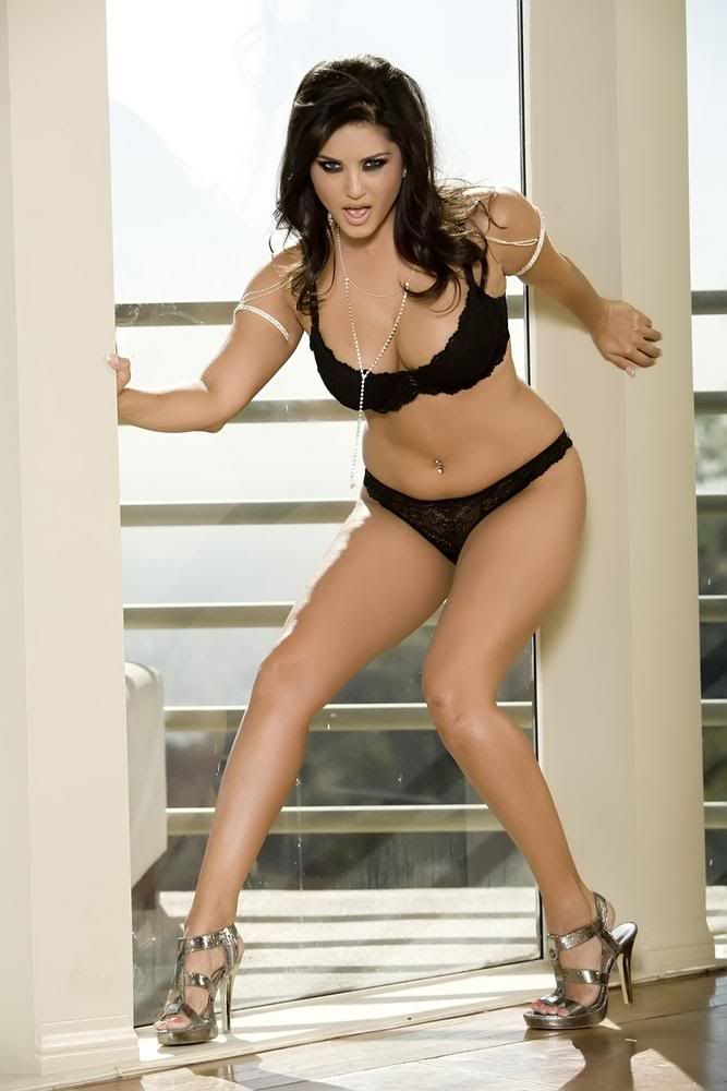 Catherine bell pussy shots