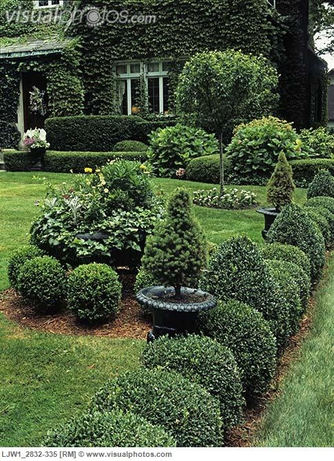 3500 best garden images on pinterest gardens garden for Formal front garden ideas