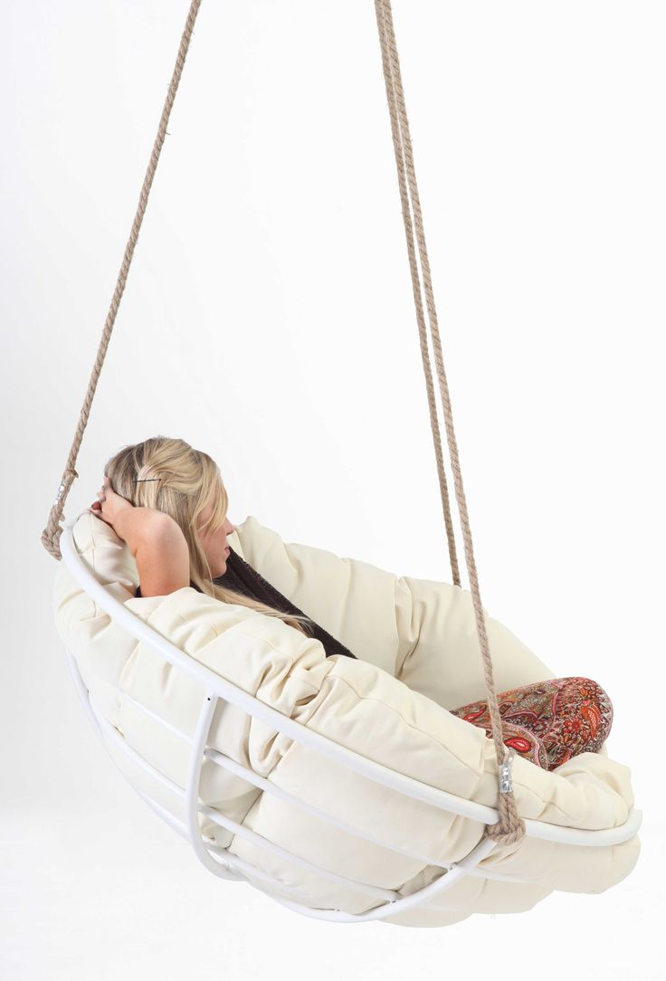 Comfort Pappasan Chairs Makes Your Family Rooms Feel More Cozy : White  Framed Hanging Papasan Hangasan