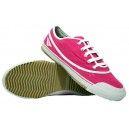 Zapatillas de Futbol Sala PENALTY Rosa-Blanco.Son ligeras y con un diseño elegante. Consiguelas aqui: http://www.deportesmena.com/botas-de-futbol-sala/2147-zapatillas-de-futbol-sala-penalty-rosa-blanco.html