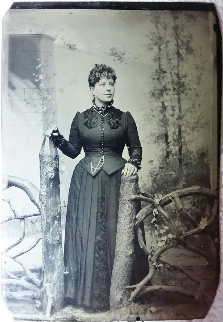 "Nellie Bartlett ""Bessie"" Catchim Earp  She married James Earp in Illinois, 1873. James and Bessie lived for a time right here in Wichita while James tended bar and Bessie operated a ""sporting house"".  This image is on a virtual museum quality 1/6 plate tin."