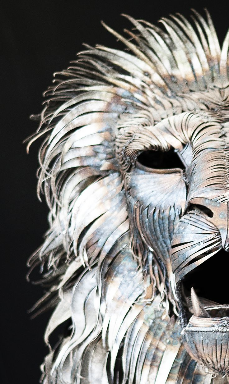 Metal Lion Sculpture Looks So Real