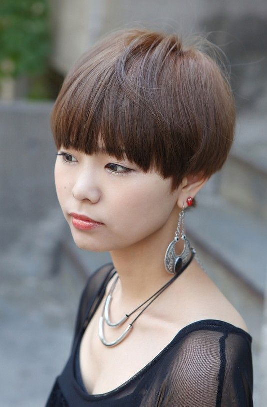 hair styles medium short japanese hairstyle with blunt bangs 5385 | 0cd5385b4ce68b4fb3c5a00654f4b132 long hairstyles with bangs bang hairstyles